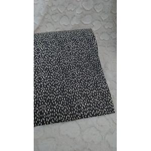 Cadeau papier streepjes op zwart